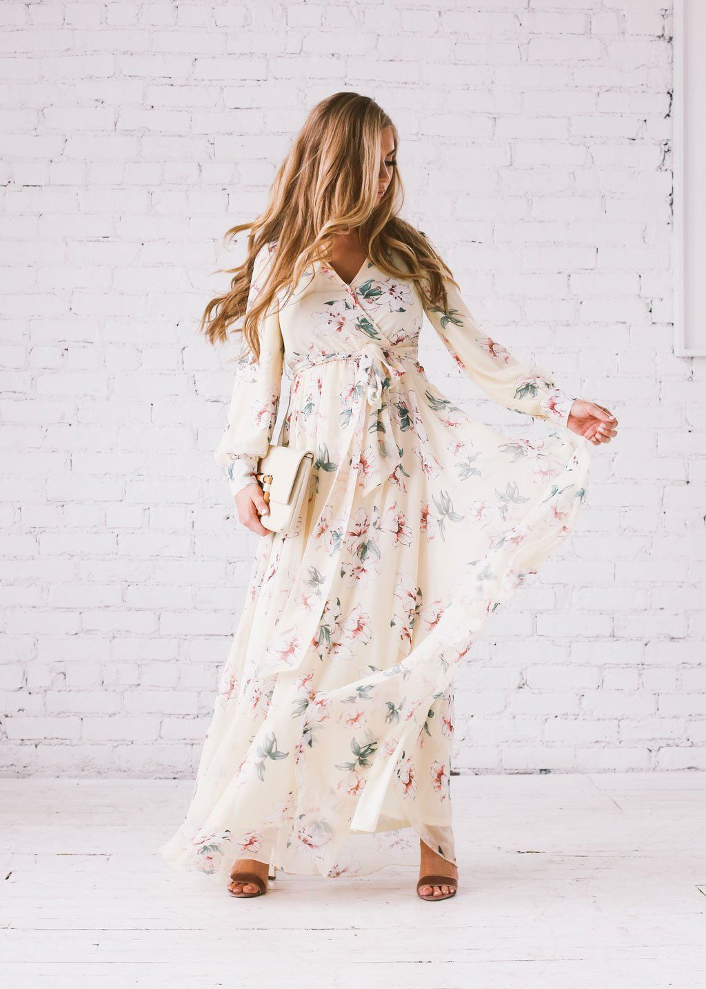 Part Of A Special Collection Of Incredible Dresses By Jessakaeoverflowing With Soft Femininity This Ethereal Gown Is Dresses Ethereal Gown Chiffon Maxi Dress [ 1434 x 1024 Pixel ]