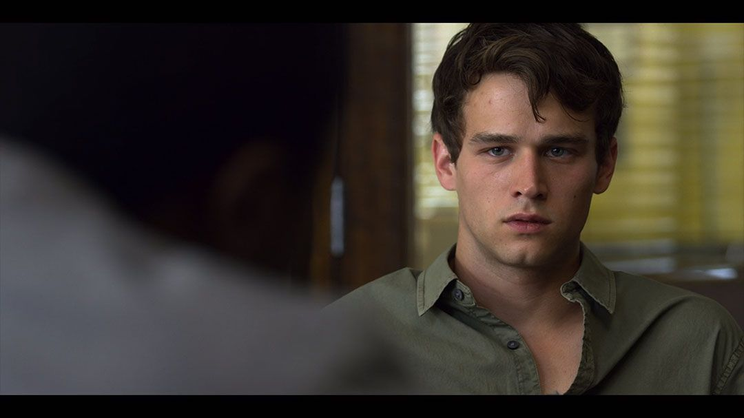Brandon Flynn As Justin Foley In Season 2 Episode 10 Of 13