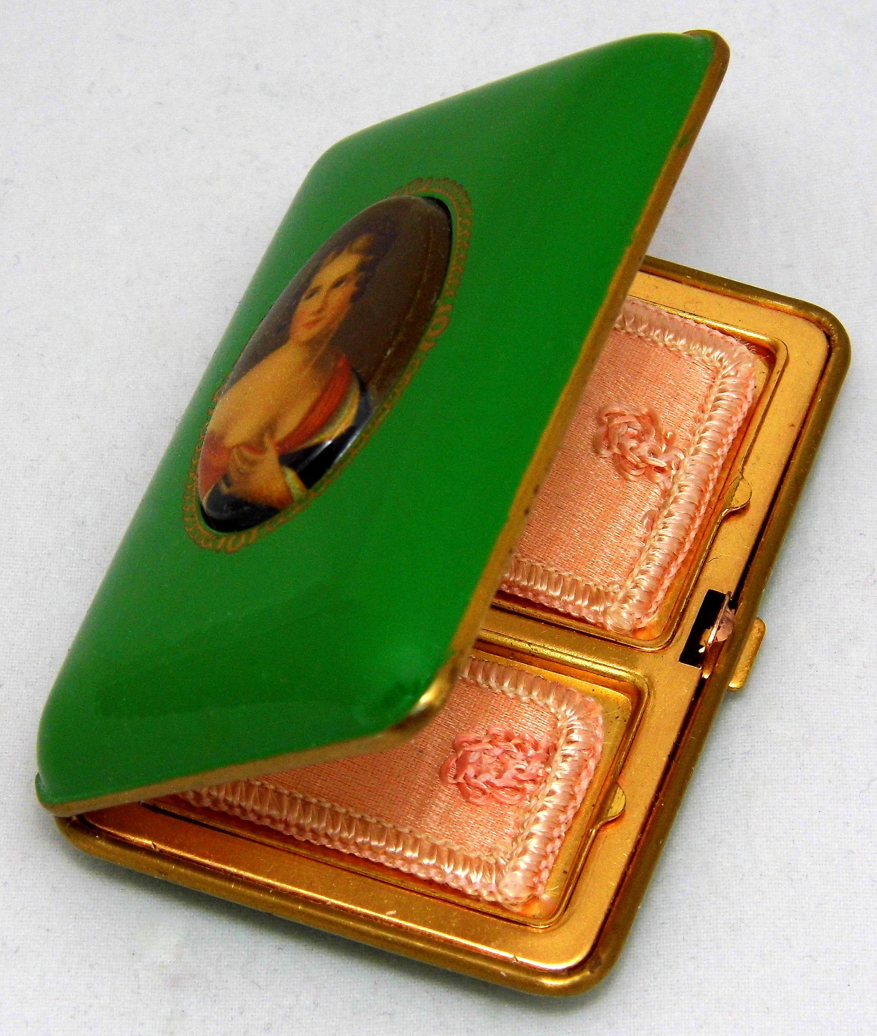 Vintage Women's Vanity Compact By Modern Cosmetics Company