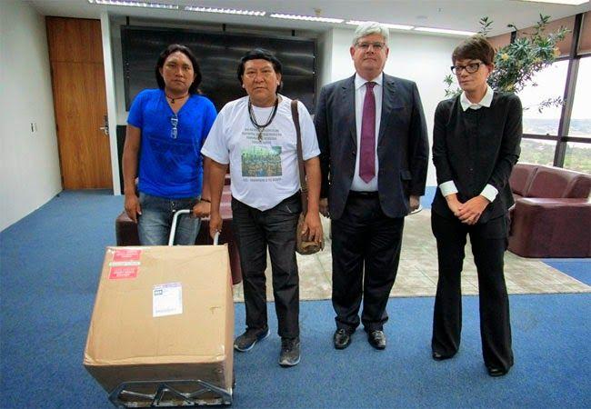 AMAZÔNIA LEGAL EM FOCO                                                             : Laboratórios dos Estados Unidos devolvem amostras ...