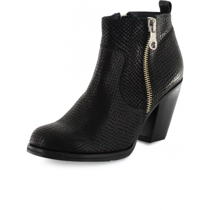 Black ancleboot from Gardenia