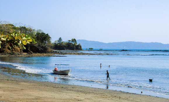 17f1fc0f3 Quiet Beach Town Living On Panama s Pacific Coast