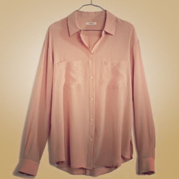 a324a3f90be73 Madewell Silk Blouse Blush-nude pink. Hidden pearl buttons. Double pockets.  Hangs well. Madewell Tops Button Down Shirts