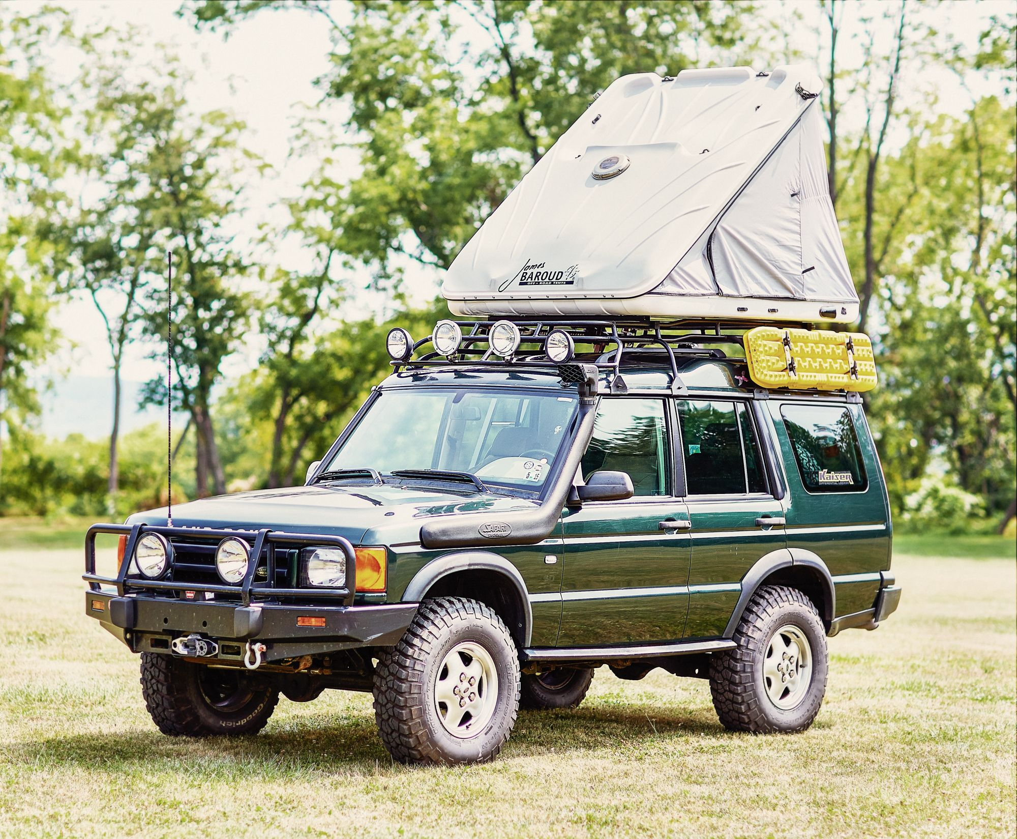 The James Baroud Discovery Extreme Evolution Roof Top Tent