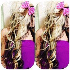 Photo of Unordentliches Haar mit Schleife
