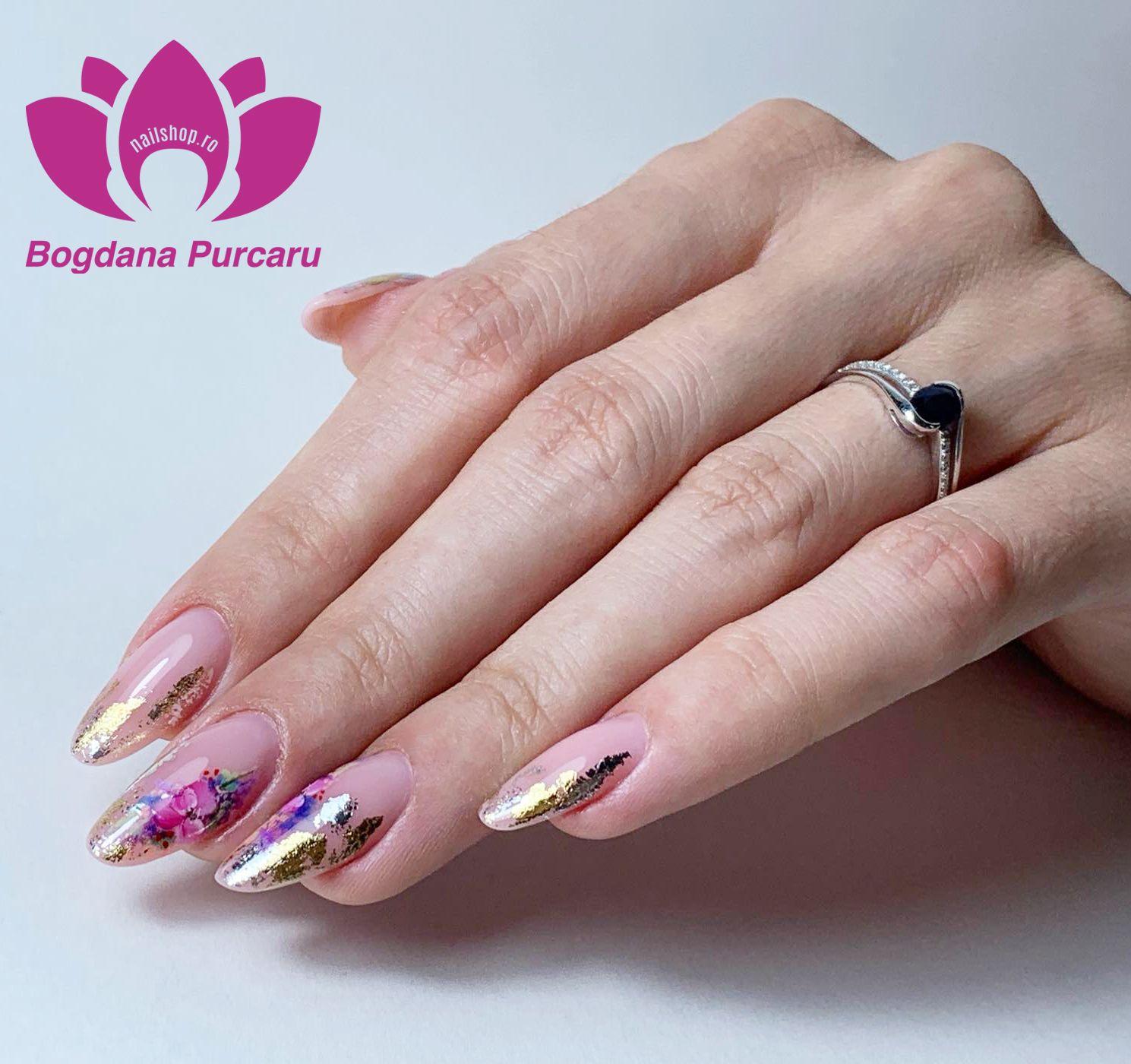 Produse profesionale unghii false