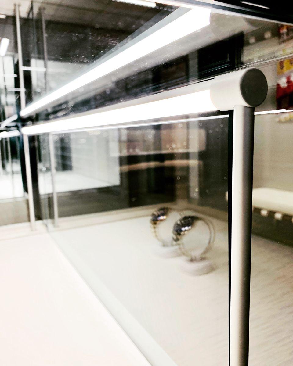 Slim showcase light- your products in the best light! 💍 #ardron #lighting #led #showcase #jewelry #jewellery #showcaselighting #merchandising #Retail #retaildesign #millwork #displaycase #woodwork #woodworking #Diamonds #watches #displays #retaildesign #fashion #retail #design