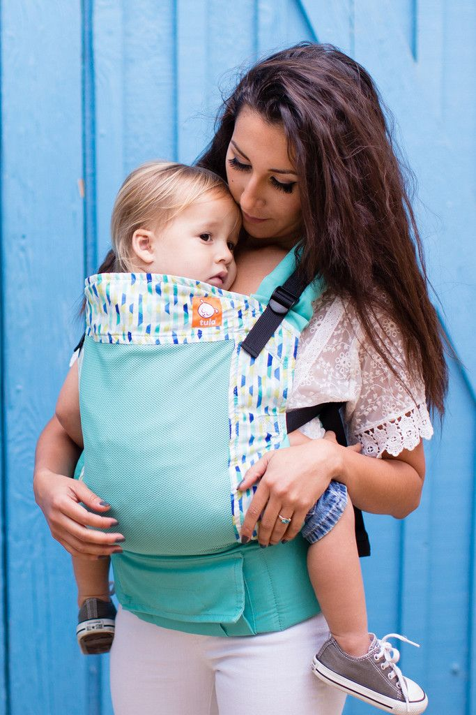 a40aca59c08 Baby Tula s  Coast Fractal  mesh baby carrier can be used in both front  carry