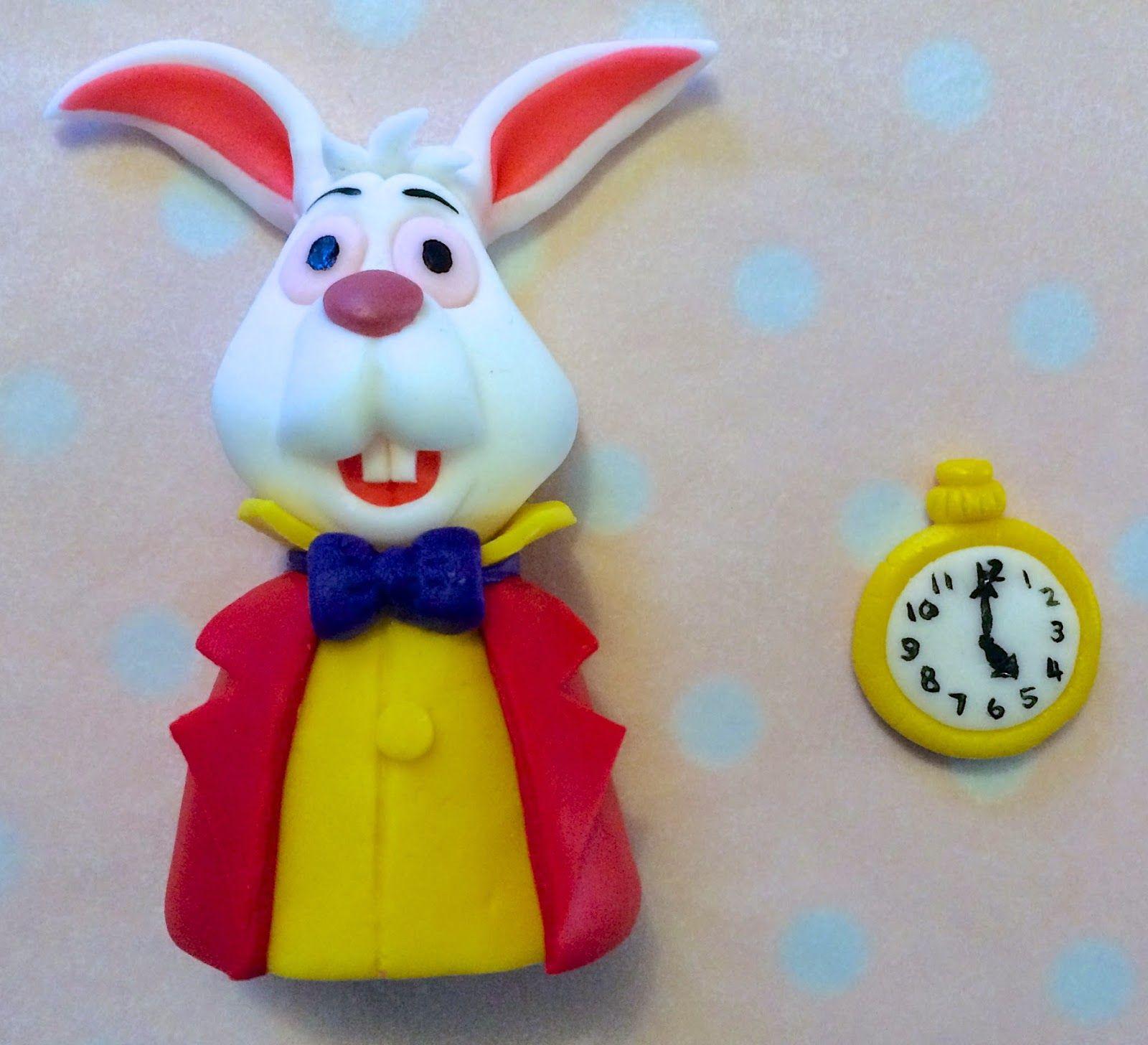 Elaine's Sweet Life: Wonderland Themed Hot Air Balloon Cake {Photo Tutorial and…