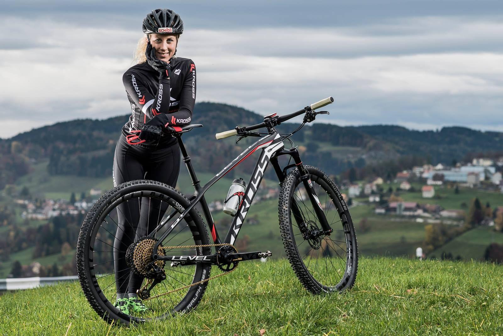 Jolanda Neff - 2020