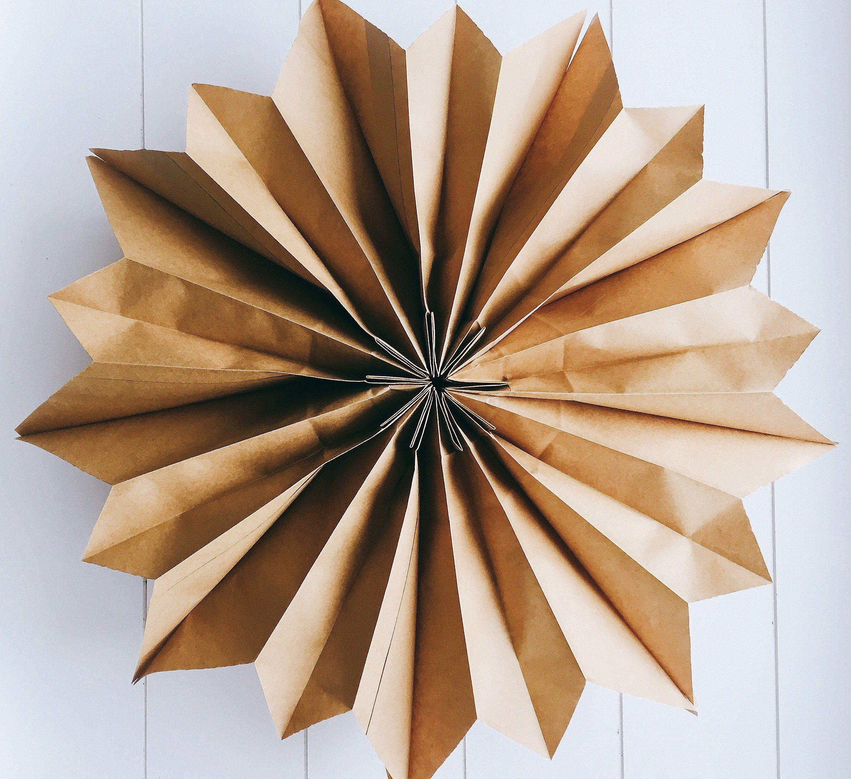 sterne aus butterbrott ten kostenlose anleitung bastelvorlage advent basteln sterne aus. Black Bedroom Furniture Sets. Home Design Ideas