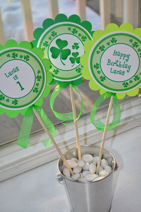 St. Patrick's Day Centerpiece Sticks, 1st Birthday Decorations, St. Patricks Day Decorations, Shamrocks, Clovers, Green – Set of 3 Sticks