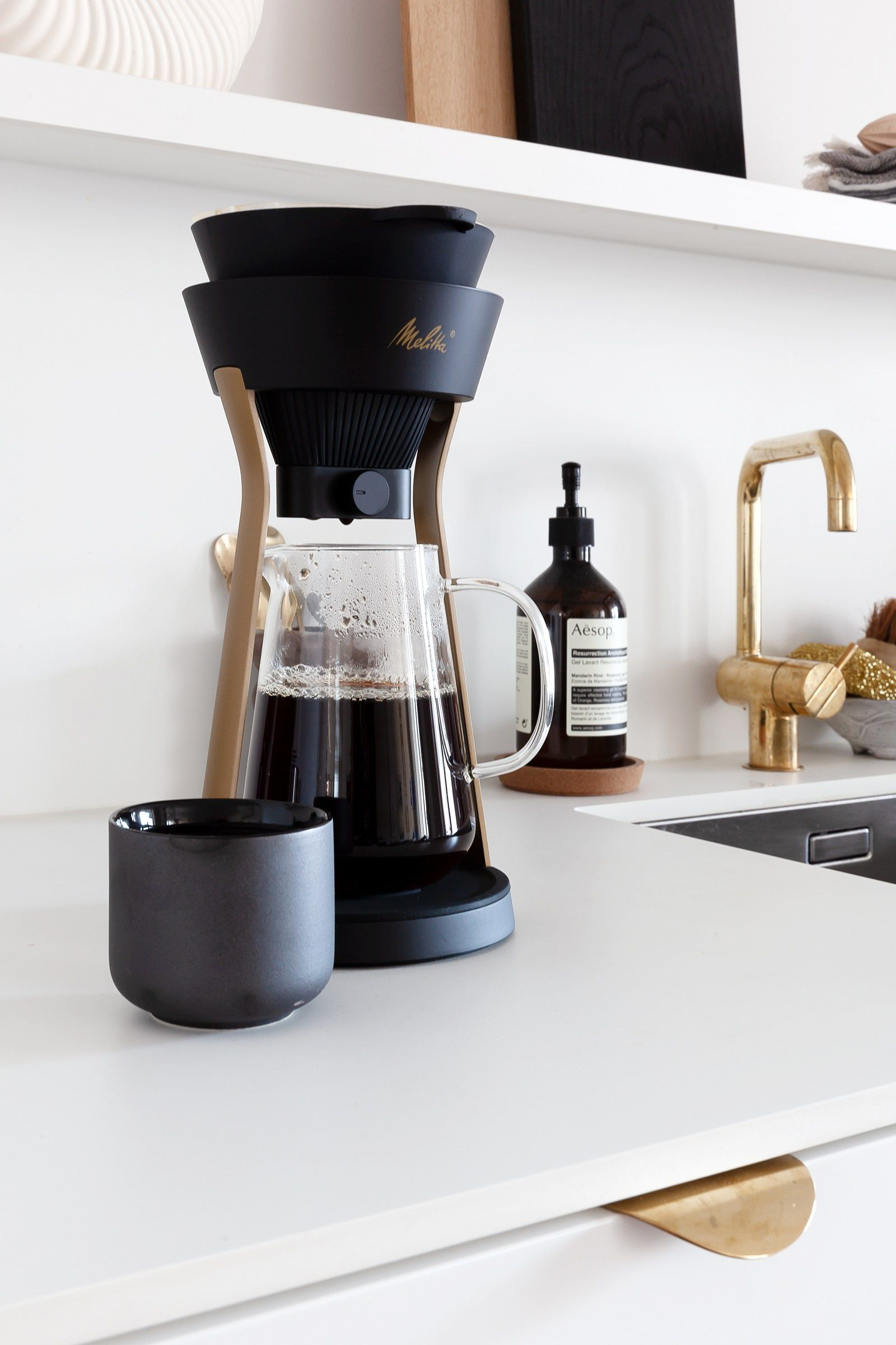 Melitta Momentum Pour over coffee maker, Coffee cafe