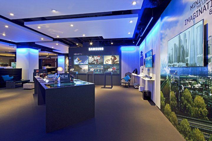 Samsung Shop In Shop At Selfridges By Dalziel And Pow London Samsung Stores Retail Design Retail Store Design London Design