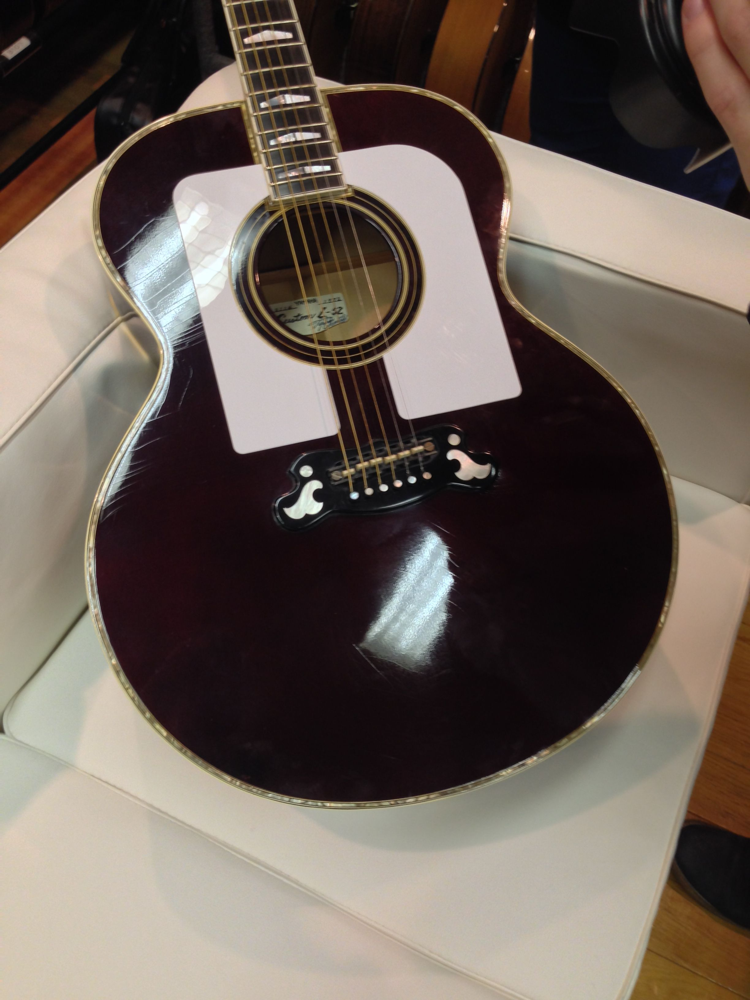 This Guitar Has A Very Special Place In Yamaha History This Exact Guitar Was Chosen By John Lennon Paul Simon A Yamaha Acoustic Guitar Acoustic Guitar Guitar