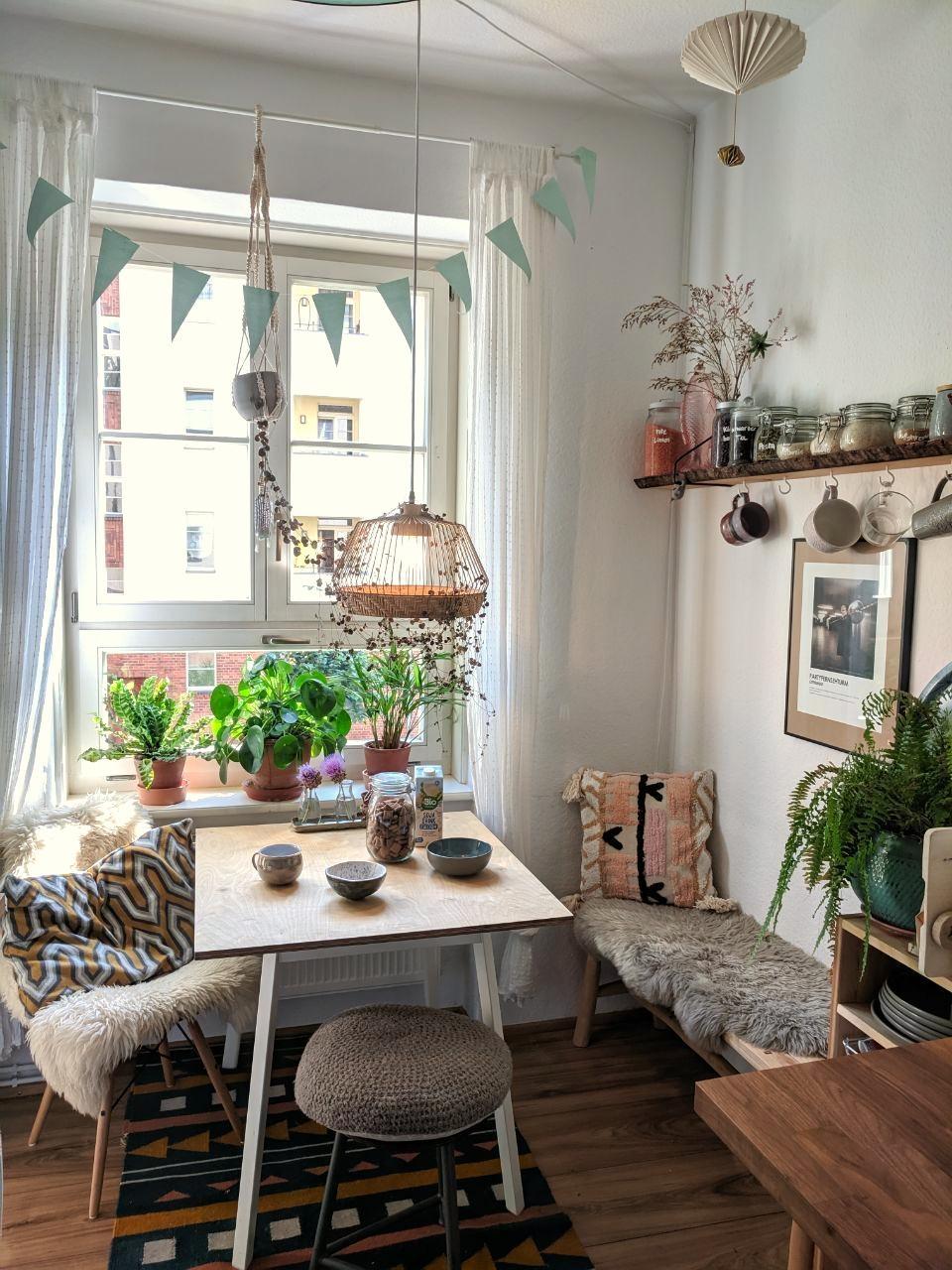 kleineküche  breakfast  coffeetable