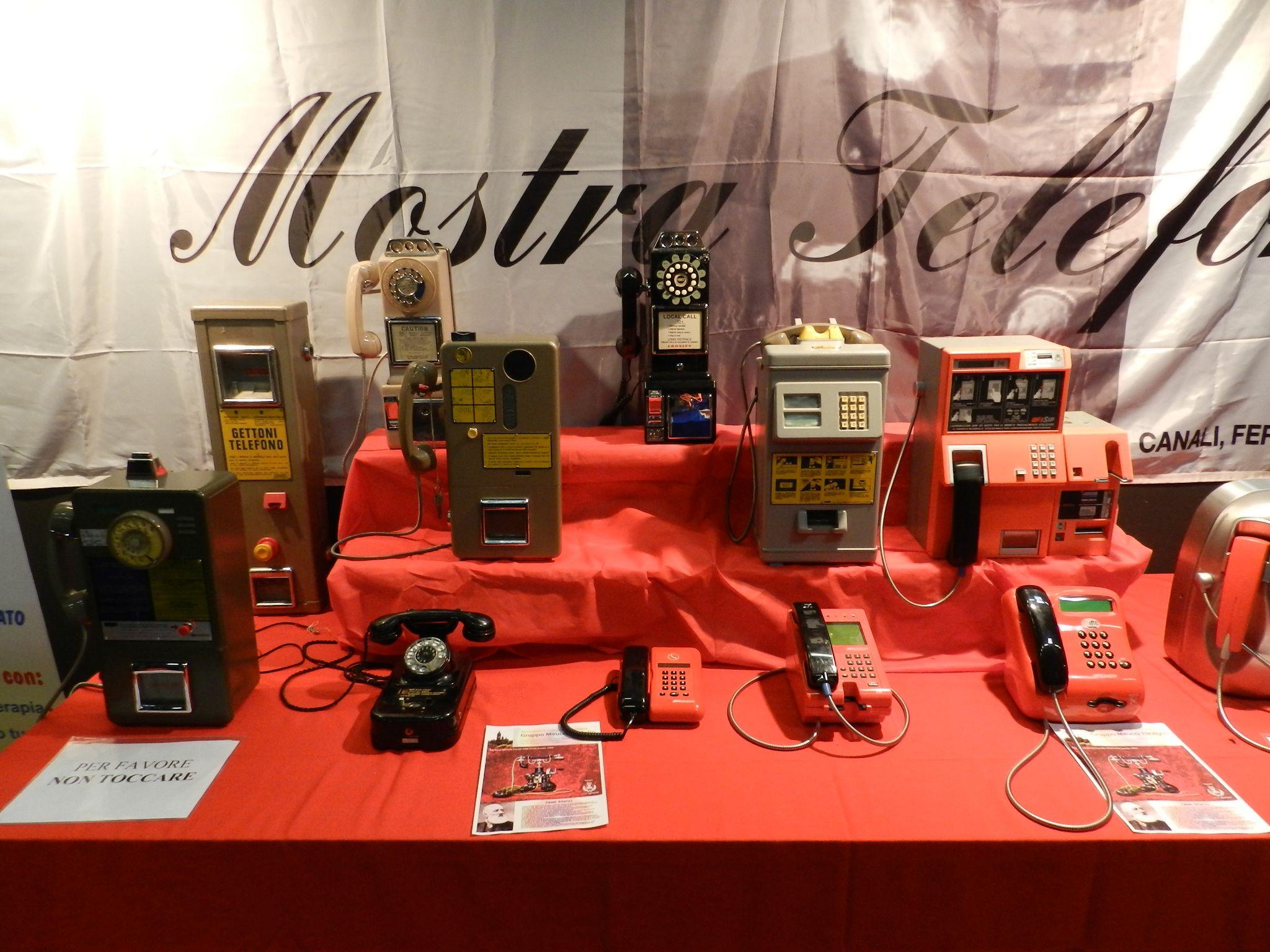 Telefoni pubblici dell'era pre-iphone