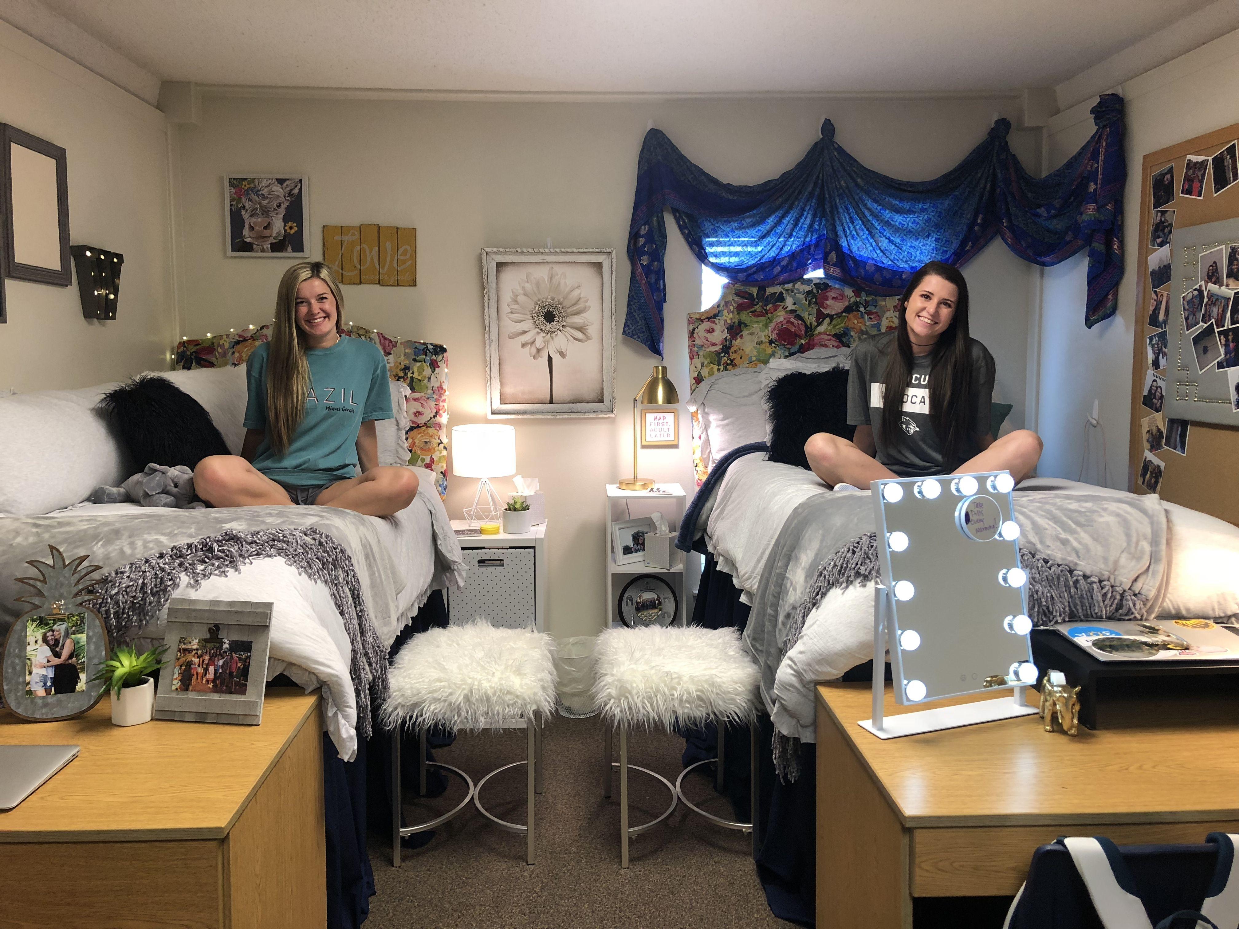 We Love How Cozy This Special Dorm Is Dorm Cozy College Acu Dorm Room Inspiration Dorm Room Diy Dream Dorm