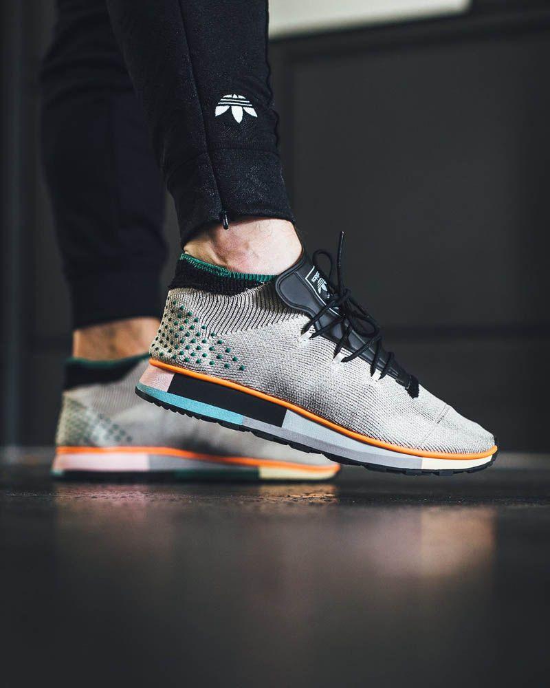 Alexander Wang x adidas Originals Run Mid Sko i 2019  Shoes in 2019
