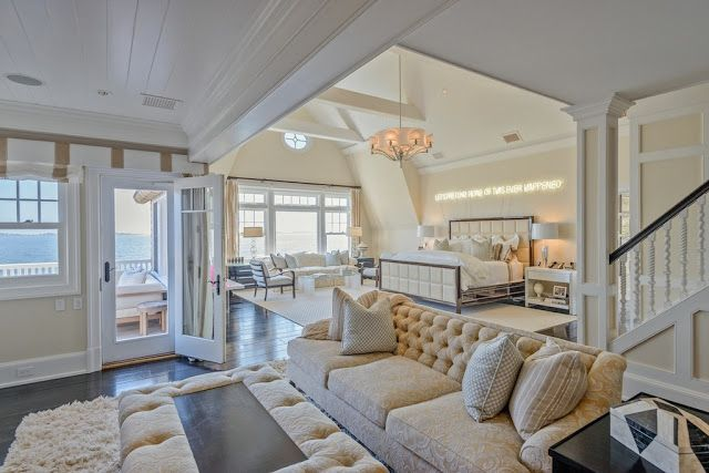 gorgeous master bedroom suite overlooking the sparkling on discover ideas about master dream bedroom id=92651