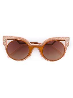 a08c7b85757c2 Óculos de sol oversize   fotos 8   Pinterest   Óculos de sol, Óculos ...