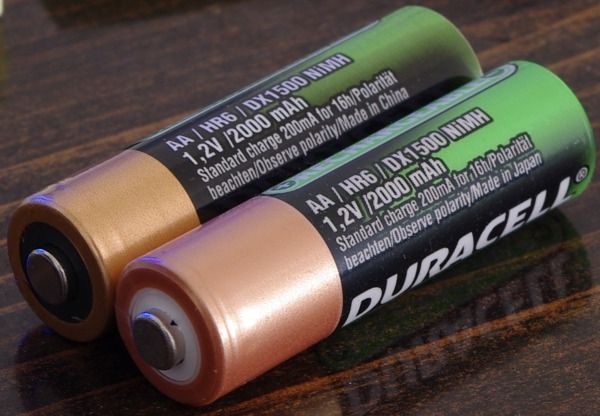 People Helping People Who Don T Get The Infamous Duraloop Battery Those People Are Helping Me Get The White One It S The Better Duracell Sanyo Enhancement