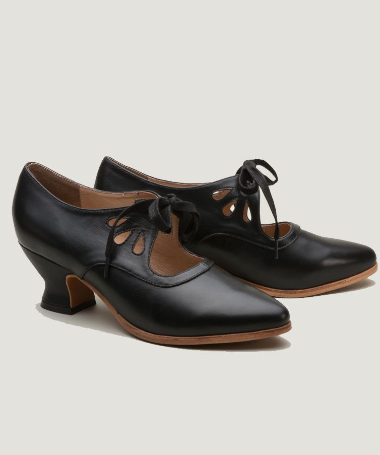 New Downton Abbey Shoes With Vintage Style In 2020 Edwardian Shoes Vintage Oxford Shoes 1920s Shoes