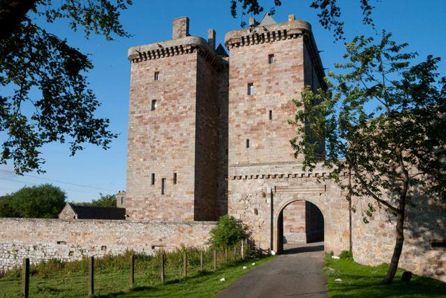Borthwick castle edinburgh event venue wedding venue for Stay in a haunted castle in scotland