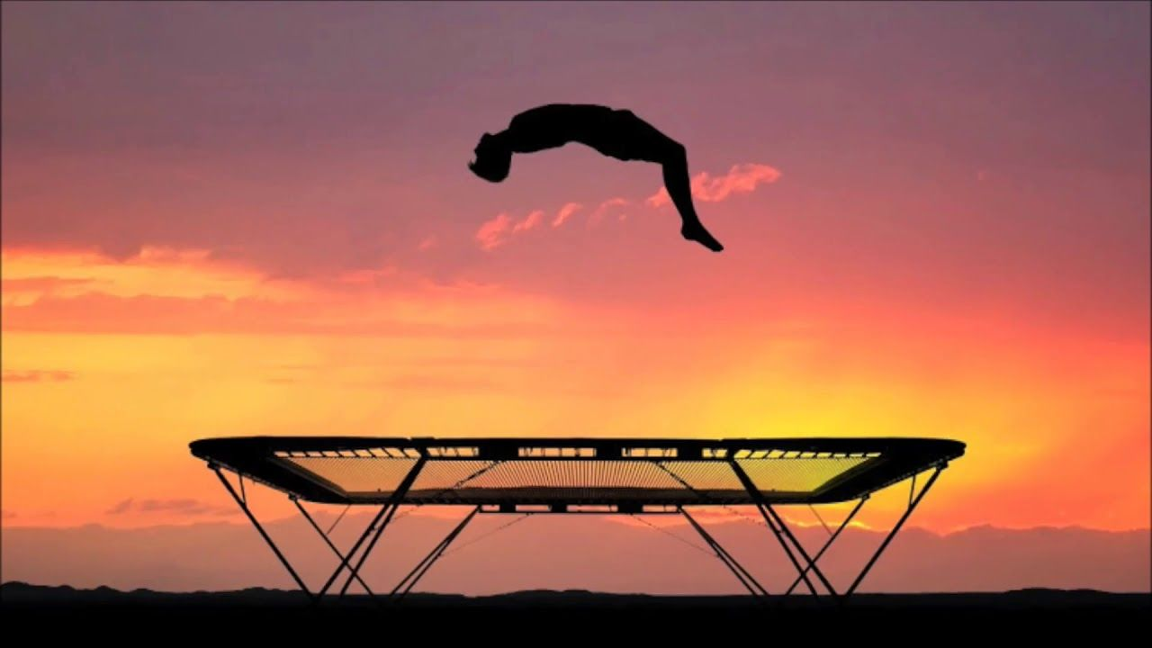 Fun Spot Trampolines Provide Basic Trampoline Tricks And Activities Our Article Shows You The Best Trampoline Tricks To Impres Best Trampoline Trampoline Best