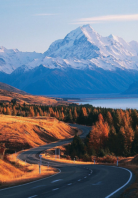 Mount Cook, New Zealand. This drive - probably the most scenic drive I've ever done. Breathtaking!