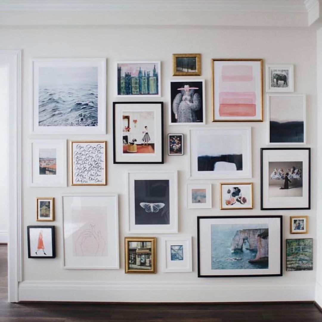 28 Stylish Stairway Decorating Ideas For Displaying Everything