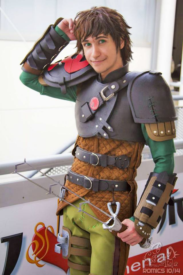 Hiccup Cosplay from How To Train Your Dragon 2 by EvilSephiroth89 on  deviantArt at Romics 2014 456cc705ec9a