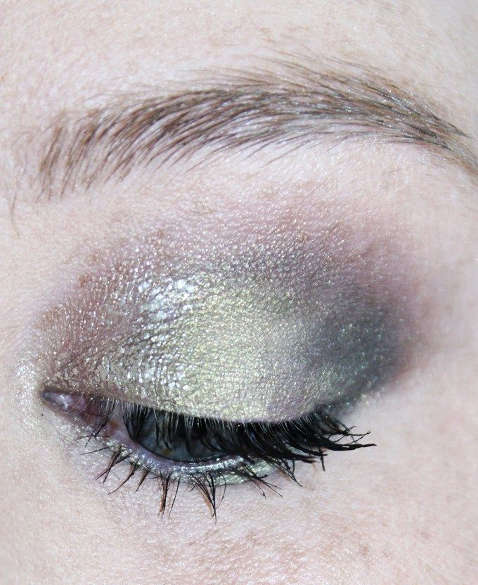 Urban Decay Liquid Moondust Eyeshadows Swatches, Review