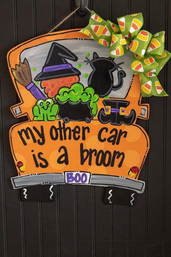 Photo of Halloween dørhenger, vintage lastebil dør henger, tre dør henger, heks dør henger, fall dør henger, lure eller behandle, gresskar dør henge