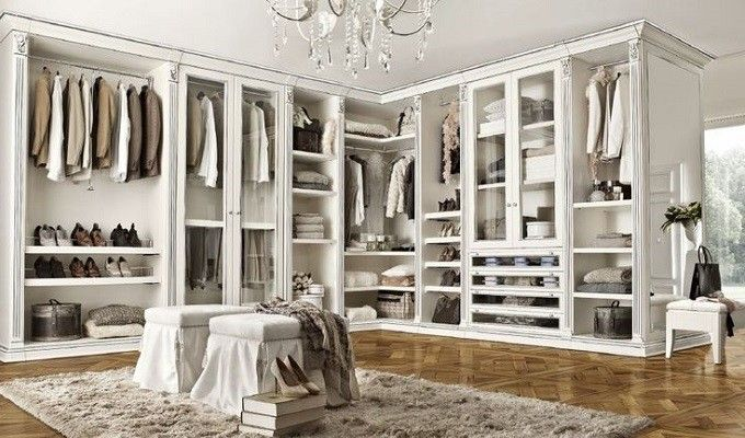 Elegant TOP 20 Luxury Closets For The Master Bedroom