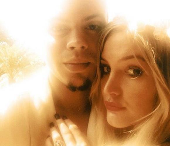 La cantante Ashlee Simpson se ha comprometido con Evan Ross, hijo de la legendaria Diana Ross