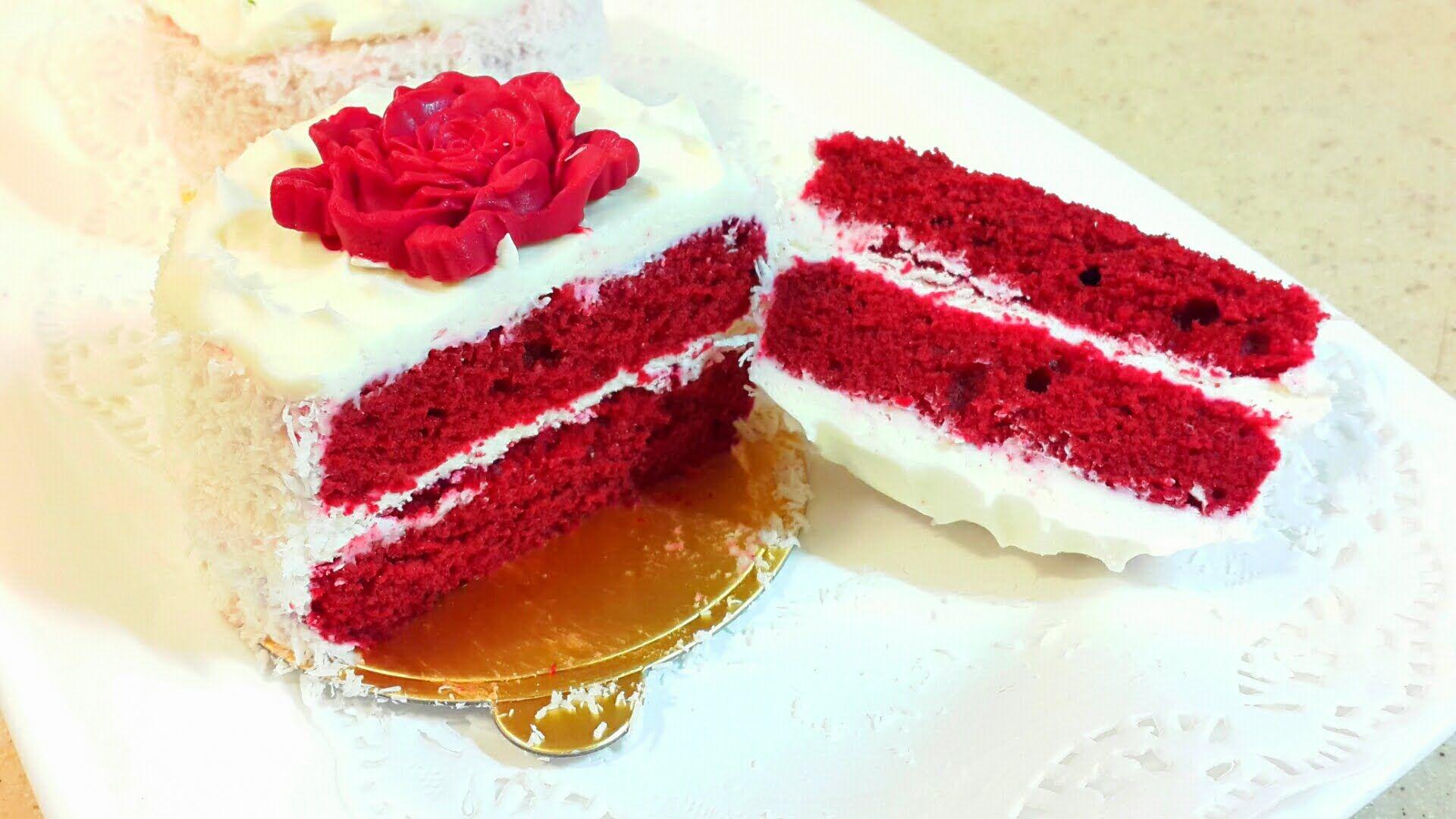 ريد فيلفت الكيكة المخملية الحمرا Red Velevet Cake Icing Recipe Food Desserts