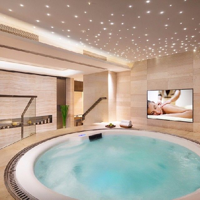 Epingle Par Catherine Pitteloud Sur Hotel Jacuzzi Spa Exterieur Piscine
