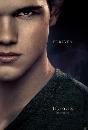 Breaking Dawn S 3 New Posters Kristen Stewart As A Vampire