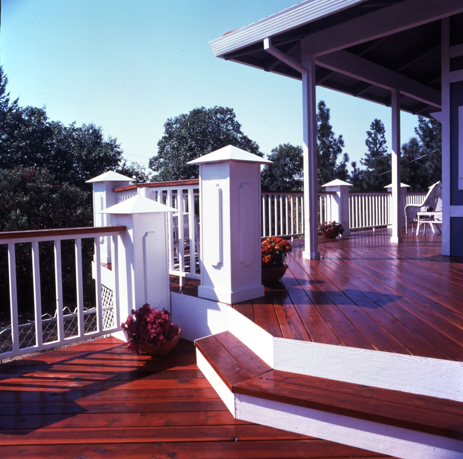 Best Eye Catching Redwood Deck With Images Beautiful 400 x 300