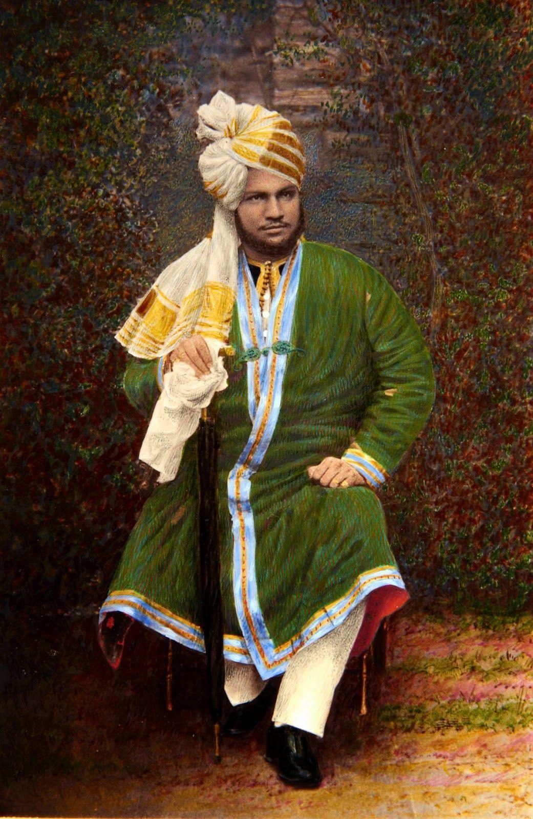 Hafiz Mohammed Abdul Karim Cie Cvo 1863 1909 Known As The Munshi Was An Indian Muslim Queen Victoria Queen Victoria Family Queen Victoria Prince Albert