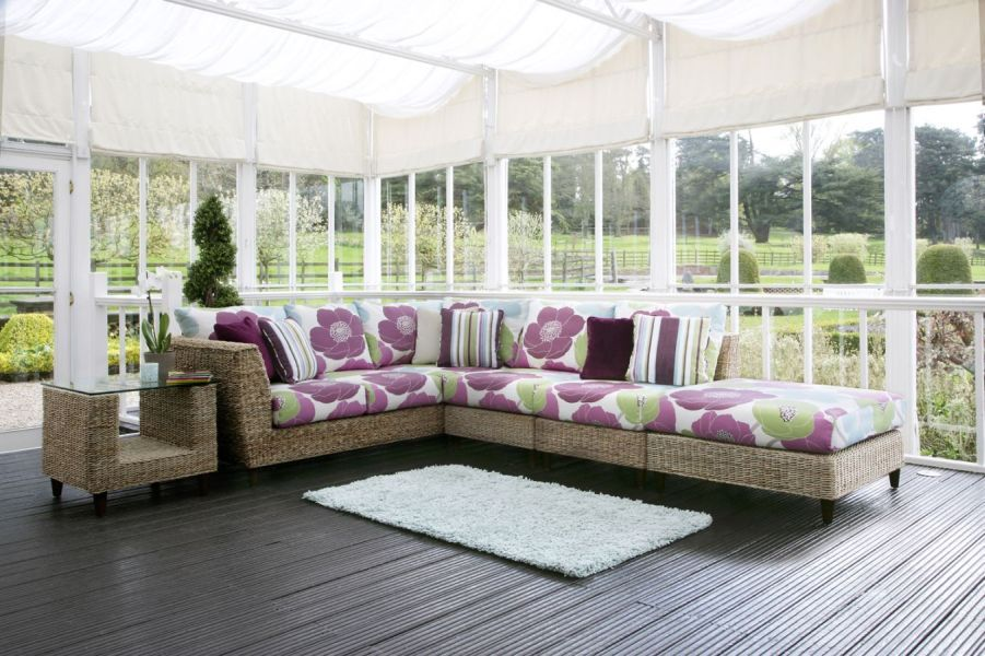 Rattan Conservatory Corner Suite With A Retro Spring Like Feel This
