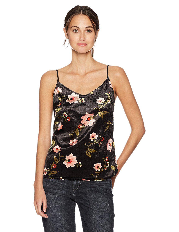 4753cc29bd2f65 Vero Moda Women s Nadia Sleeveless Crushed Velvet Top at Amazon Women s  Clothing store