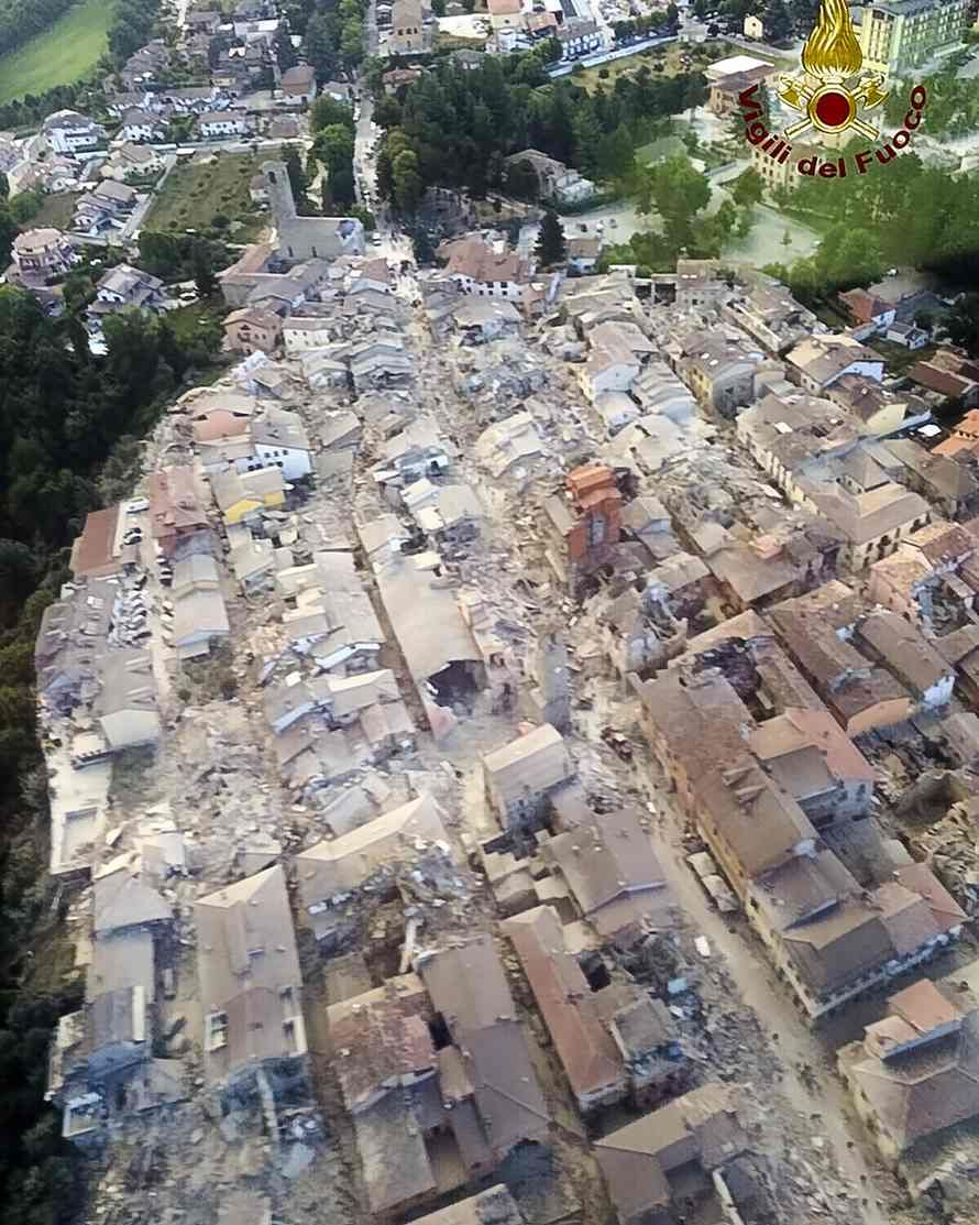 Italy In Shock After Amatrice Earthquake This Used To Be My Home