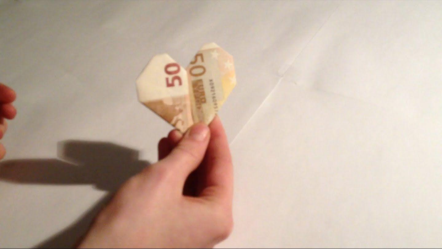 ein herz aus einem geldschein 50 euro schein falten anleitung origami pinterest. Black Bedroom Furniture Sets. Home Design Ideas
