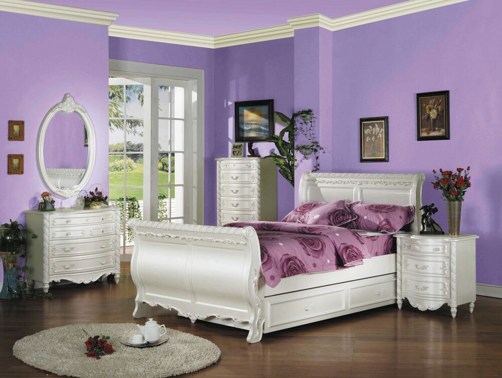 5 pc Pearl collection pearl white finish with decorative accents