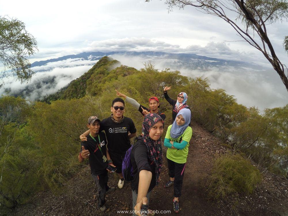 Pendakian Gunung Pulut Bukit Di Atas Awan