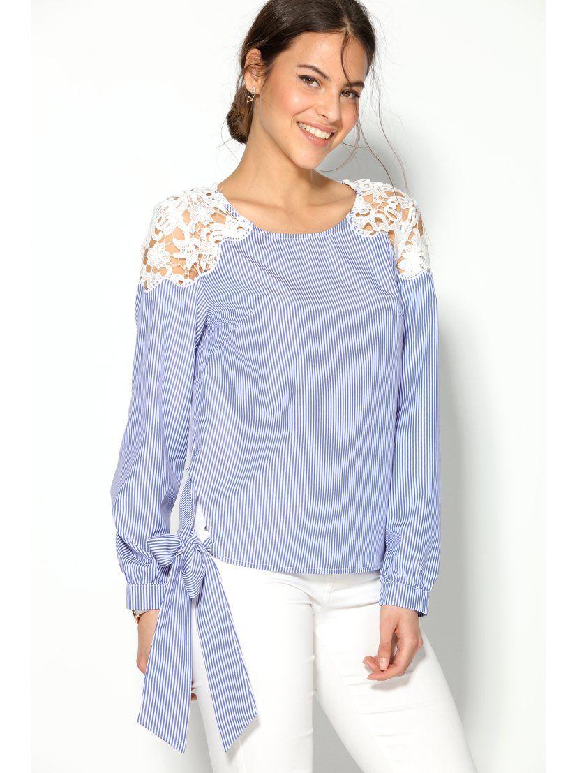 1e20fb771 Esta elegante blusa para mujer con bandas en el bajo para lazar mezcla  rayas y guipur de manera magistral. Blusa de escote redondeado con abertura  lágrima ...