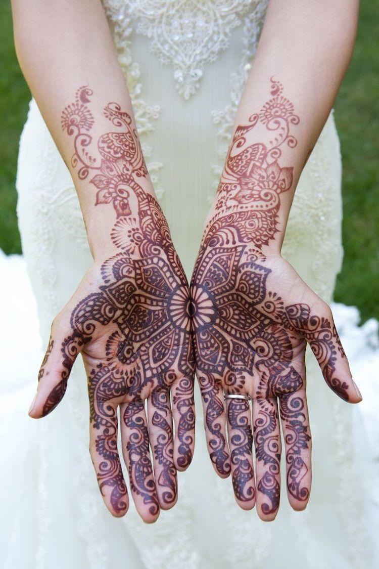 Traditionell Zur Hochzeit Hände Bemalungmalen Henna Tattoo