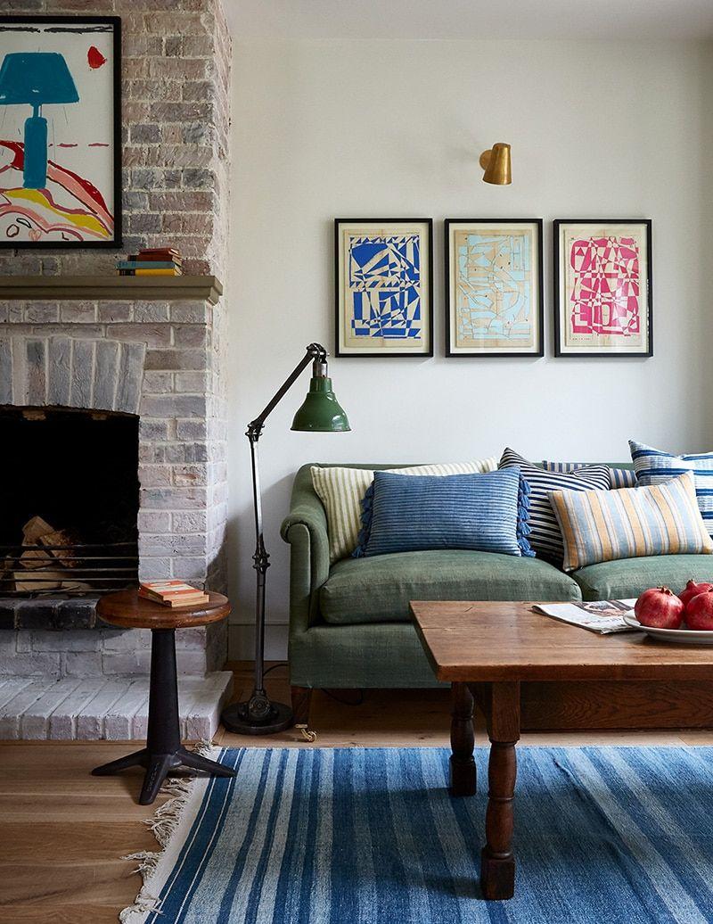 Ocharovatelnyj Derevenskij Kottedzh V Grafstve Berkshir V Anglii Foto Idei Dizajn In 2021 Above Couch Decor Home Decor Interior Living room ideas england